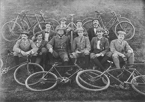 Cyklomaniacy-vintage-cycling